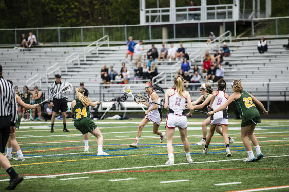 Girls Varsity Lacrosse team heading to playoffs.