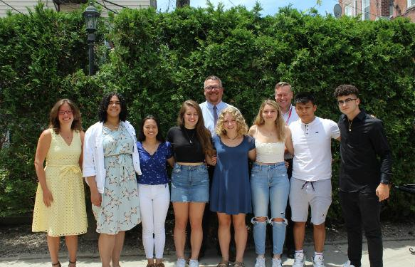 Seniors receives scholarships from the Rotary Club