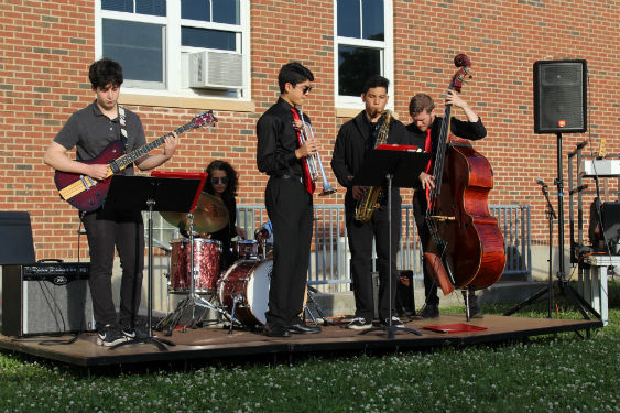 Jazz Combo performs at Jazz in the Courtyard