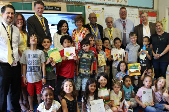 Rotary Club raises money for student books.